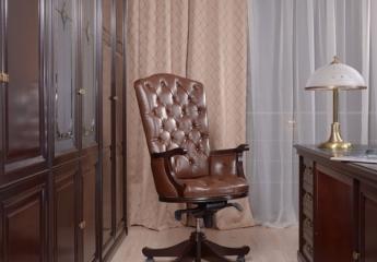 Крісло для керівника Elit. Солідно. Комфортно