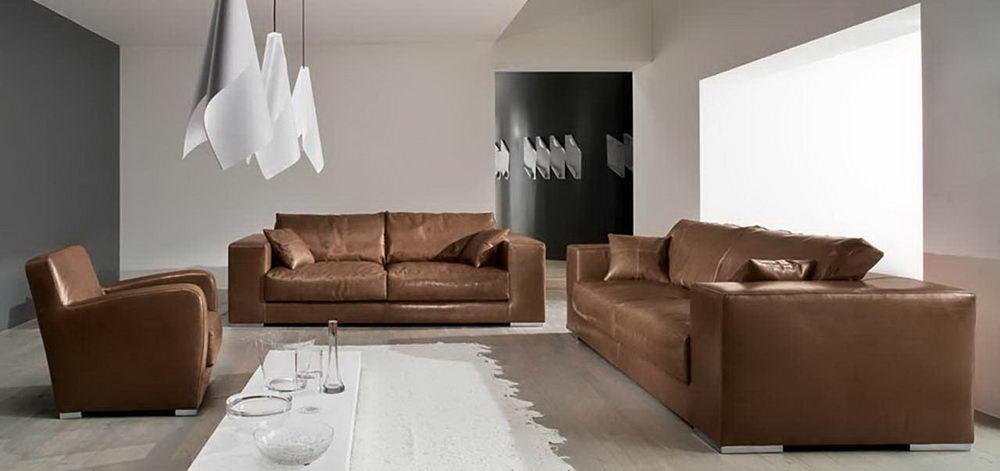Stilvoller Lounge Sessel Aus Metall Begesitert Mit Shabby Polsterung
